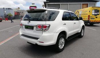 2014 Toyota Fortuner full